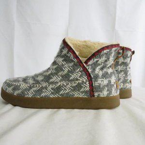 Sanuk Women's 9.5 EU 40.5  Boots Textile